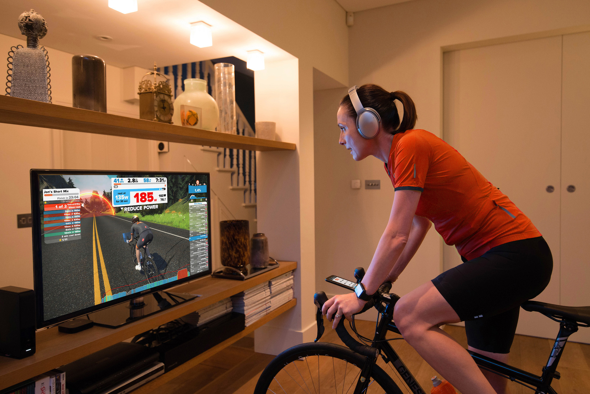 Zwift_Cycling-Setup-TV_199916372_272178211.jpg